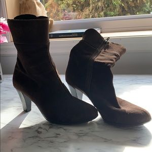 La Canadienne | ankle boots | size 8 | Suede